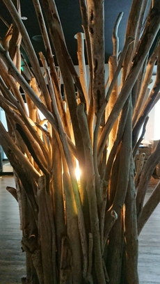 照明用流木オブジェ