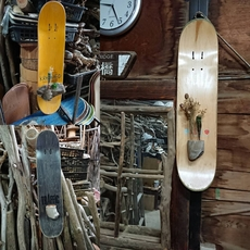 スケートボード ウォールハンギング